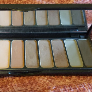 Elf Mad for Mattes eyeshadow palette